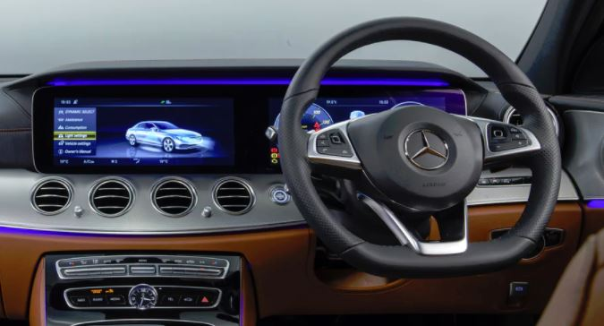 Mercedes W213 E-Class NTG 5.5 Multimedia Video interface with Digital TV/DAB Control